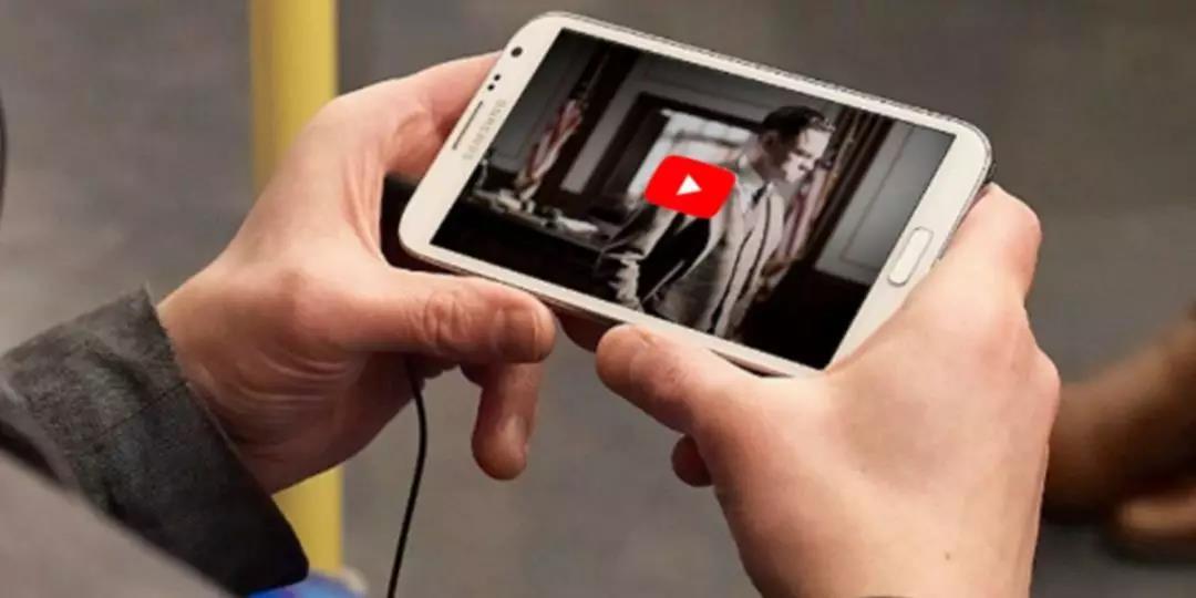 印度人每天花多少时间在手机上看视频?至少半小时!