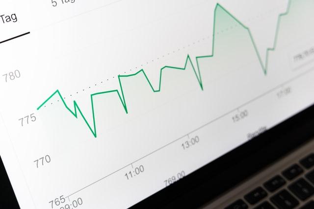 7月手游买量持续飙升,减投、停投公司近百家,二次元买量数上涨
