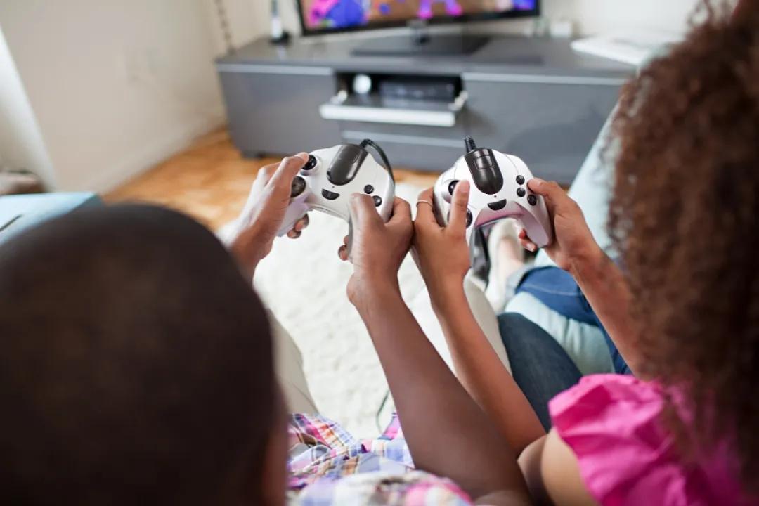 YouTube游戏类视频观看量达170亿,内容IP与手游融合发展大有可为?