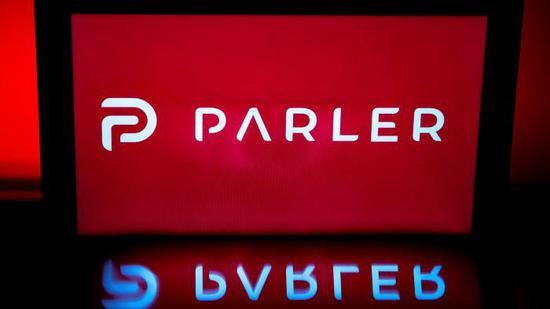 """社交网络Parler起诉亚马逊因""""政治敌意""""终止为其提供托管服务"""