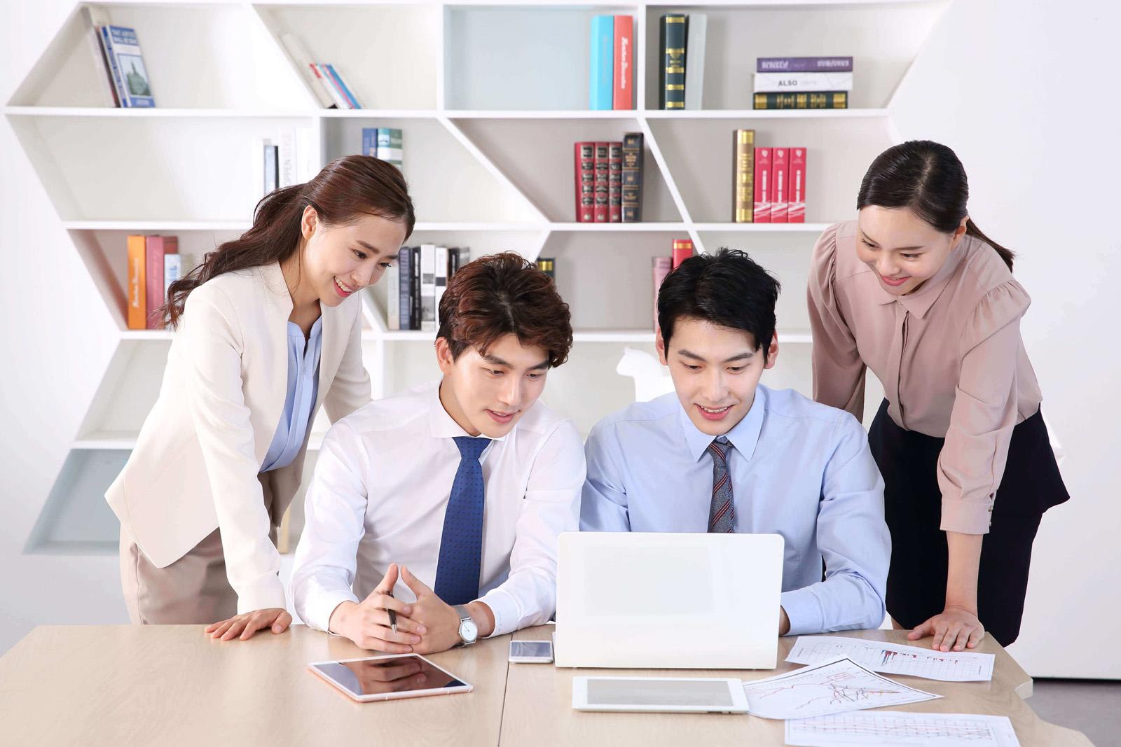 卖家在选择速卖通平台推广活动时,该如何进行操作?