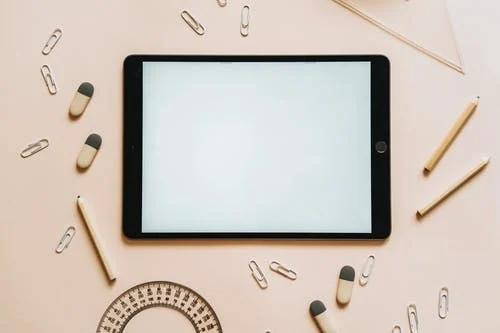 TikTok购物通过更多的合作关系、LIVE购物、新广告等进行扩展